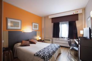 Hotel Chess Quindós